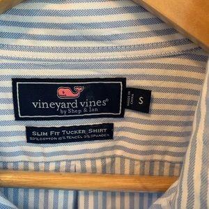 Vineyard Vines Shirts - LOT OF THREE Vineyard Vines Oxford Shirt